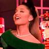 Ariana Grande en el papel de Ariana Grande