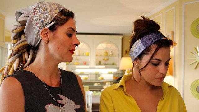 Con su amiga Catalina