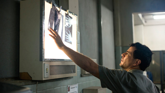 Observando unas Radiografías