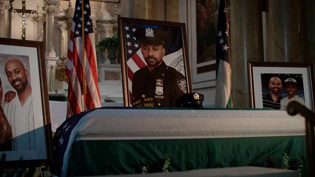 En el Funeral del Padre de André