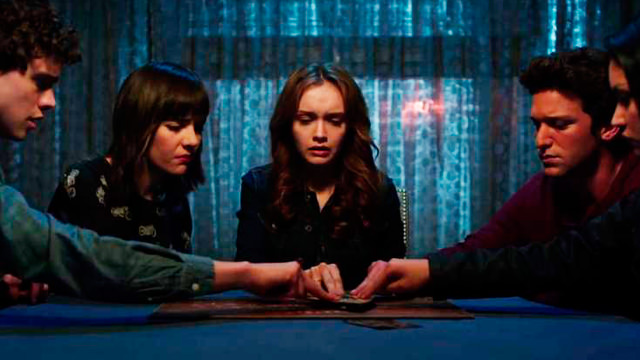 Sesión con la Tabla de Ouija