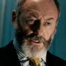 Liam Cunningham en el papel de Wetzler