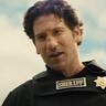 Jon Bernthal en el papel de Ethan Sawyer