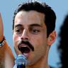 Rami Malek en el papel de Freddie Mercury