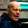 Bruce Willis en el papel de Clay Young