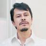 Gustavo Sánchez Parra en el papel de Humberto