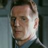 Liam Neeson en el papel de Eliot Deacon