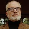 Bradley Whitford en el papel de DiFranco