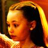 Nico Parker en el papel de Milly Farrier