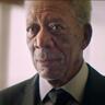 Morgan Freeman en el papel de Senior