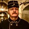 Grégory Gadebois en el papel de Henry