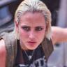 Nora Arnezeder en el papel de Lilly
