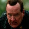 Brandon Smith en el papel de Sargento Davis Tubbs