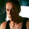 Jean-Claude Van Damme en el papel de Richard Brumére
