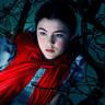 Lilla Crawford en el papel de La Caperucita Roja