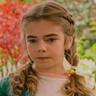 Matilda Lawler en el papel de Flora Buckman