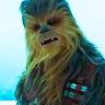 Joonas Suotamo en el papel de Chewbacca