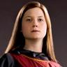Bonnie Wright en el papel de Ginny Weasley