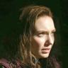 Eleanor Tomlinson en el papel de Princesa Isabelle