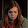 Olivia Welch en el papel de Samantha
