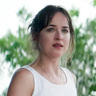 Dakota Johnson en el papel de Eleanor