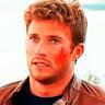 Scott Eastwood en el papel de Andrew