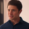 Matt Dallas en el papel de Pastor John