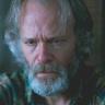 Brontis Jodorowsky en el papel de Gustavo