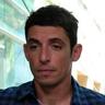 Alberto Guerra en el papel de Héctor