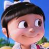 Nev Scharrel en el papel de Agnes