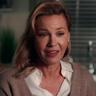 Connie Nielsen en el papel de Becca Mansell