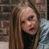 Paisley Cadorath en el papel de Abby Mansell