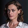 Eleni Roussinou en el papel de La mujer