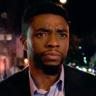 Chadwick Boseman en el papel de Andre Davis
