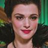 Rachel Weisz en el papel de Evanora
