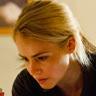 Amanda Schull en el papel de Agente del FBI Daria Francis
