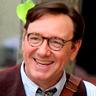 Kevin Spacey en el papel de Whit Burnett