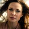 Rebecca Ferguson en el papel de Mae