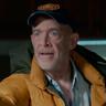 J. K. Simmons en el papel de Carl