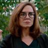Polly Draper en el papel de Debbie