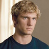 Alex Pettyfer en el papel de John Smith
