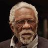 Kyrie Irving en el papel de Tío Drew