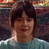 Patti Harrison en el papel de Anna