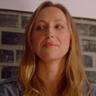Anna Konkle en el papel de Shayleen