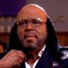 Mike Tyson en el papel de Roy