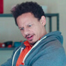 Eric Andre en el papel de Chris Carey