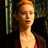 Sarah Gadon en el papel de Vivian