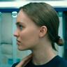 Lily-Rose Depp en el papel de Sela