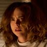 Fiona Dourif en el papel de Nica Pierce