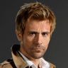 Matt Ryan en el papel de John Constantine